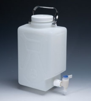 Nalgene™ Fluorinated Rectangular Carboys with Spigot